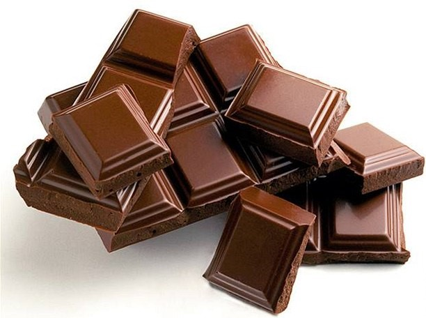 Potraviny jedovaté pro psy - kostičky čokolády